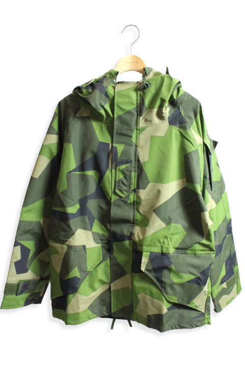 DEADSTOCK  SWEDISH ARMY  JACKET(M90 CAMO)