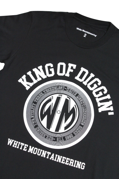 "White Mountaineering /Printed T-Shirt ""KING OF DIGGIN"""