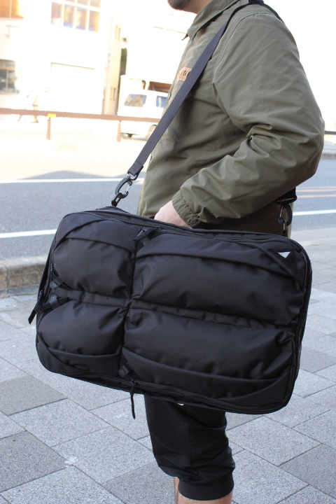 nunc/Traveler's Backpack